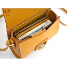 bag sewing patterns cross body bag patterns leather bag patterns PDF insant down. Leather Briefcase, Leather Tooling, Leather Purses, Leather Handbags, Leather Wallet, Leather Totes, Men's Leather, Leather Bag Tutorial, Leather Bag Pattern
