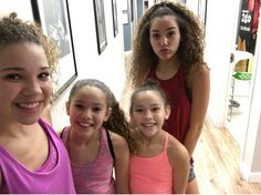 Time to workout! Hashtag Sisters, Sister Songs, Cute I Love You, Baby Panda Bears, Jonas Brothers, Diy For Girls, Youtubers, Celebrities, Pinterest Diy