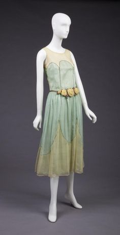 1923-24 Pale Yellow and Mint Green Silk Georgette Over Mint Green Silk Satin Dress. Machine Wrap Stitdh Attaching Yellow To Green In Large Scalloping Pattern and Along Princess Seams. 3 Yellow...