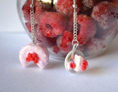 Pink rainbow cake earrings Miniature Food, Miniatures, Rainbow, Jewellery, Drop Earrings, Vintage, Friends, Etsy, Cake