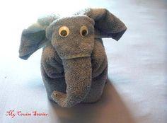 26 Ideas For Origami Elephant Towel Animals Towel Origami, Fabric Origami, Elephant Towel, Elephant Elephant, Towel Animals, How To Fold Towels, Baby Washcloth, Towel Crafts, Napkin Folding
