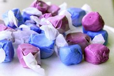 Have some old-fashioned sticky fun with Homemade Saltwater Taffy. Get the whole family involved with pulling the taffy and make some memories in the process. Christmas Goodies, Christmas Candy, Homemade Christmas, Christmas Crack, Christmas Sweets, Christmas Baking, Christmas Recipes, Homeade Desserts, Homemade Candies