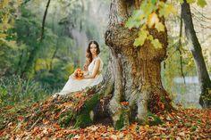 『森フォト』がオシャレすぎる♡ ロマンチックなウエディングフォトって、憧れますよね(^^) 森の中で撮るウエディングフォトは、とってもオシャレで雰囲気バツグンですよ♪