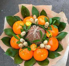 Fruit Flower Basket, Deco Fruit, Vegetable Bouquet, Food Bouquet, Edible Bouquets, Fruit Decorations, Chocolate Bouquet, Edible Arrangements, Beautiful Flower Arrangements