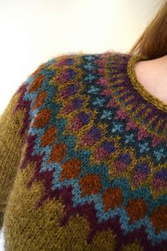 1 Ravelry: Lovewool-Knits' Stained Glass knitting to give you a better service we recommend you to browse the content on our site. Fair Isle Knitting Patterns, Sweater Knitting Patterns, Knitting Yarn, Knit Patterns, Free Knitting, Stitch Patterns, Motif Fair Isle, Fair Isle Pattern, Icelandic Sweaters