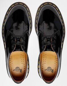 df539116c9 Bild 3 von Dr Martens – 1461 – Klassische, flache Schuhe in schwarzem Lack  Vitorlás