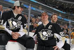 Sidney Crosby agrees to 12-year, $104.4 million contract with Penguins