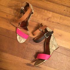 Pink black nude snakeskin strap buckle wedge Smoke free dog free Worthington Shoes Wedges