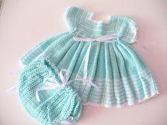 Estante do Croche: Vestido bebe em croche  com calcinha