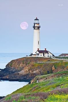 Moonset - Pigeon Point Lighthouse, California