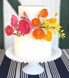 Elegant cake with flowers