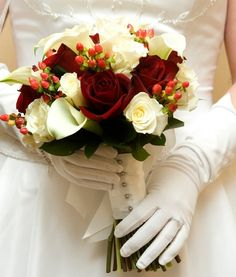 Simple and Creative Tricks Can Change Your Life: Wedding Flowers Sunflowers Pretty Cakes winter wedding flowers roses. November Wedding Flowers, Winter Wedding Flowers, Wedding Flower Decorations, Wedding Flower Arrangements, Flowers Decoration, Winter Weddings, October Wedding, Spring Wedding, Floral Arrangements