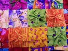 Cool twist on the biscuit or puff quilt!