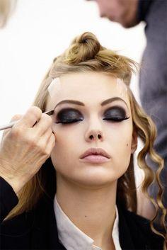 dark eyes #makeup