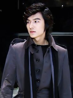 Boys Over Flowers ~ Lee Min Ho ♡ #Kdrama... pff esa seriedad conkista ... ♥♥