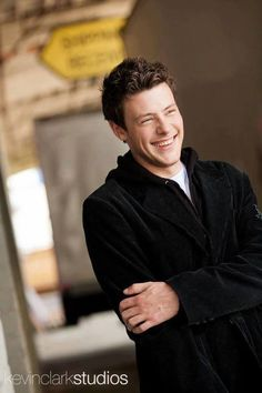 Cory Monteith, what a beautiful person, inside and out. I mean, just look that smile/laugh? RIP <3
