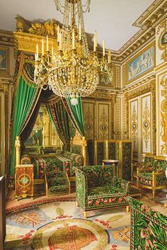 A Day at Château de Fontainebleau Napoleon I bedchamber