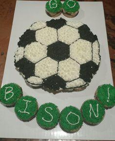 Soccer Ball Pull Apart Cupcake Cake