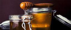 Le api producono miele raccogliendo due diverse sostanze nutritive: il nettare e la melata. Così nascono due diversi alimenti