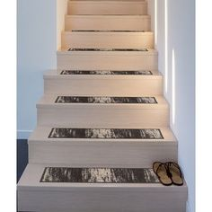 Stair Makeover, Basement Makeover, Concrete Stairs, Basement Stairs, Redo Stairs, Basement Ideas, Modern Moroccan, Trellis Design, Stair Storage