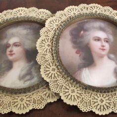 Pr Vintage ROUND Elaborate Pierced LACE Frames * Portraits Elegant French LADIES