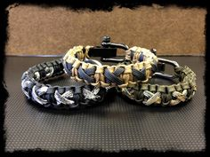 Hey, I found this really awesome Etsy listing at http://www.etsy.com/listing/127126924/paracord-criss-crossed-bracelet-with