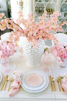 Pink Peony Easter Table - super simple Easter table with faux pink peonies, cherry blossoms and pretty floral plates. This table is a show stopper! Easter Table Decorations, Decoration Table, Table Centerpieces For Home, Easter Table Settings, Spring Decorations, Tall Centerpiece, Dessert Tables, Easter Decor, Seasonal Decor
