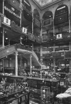 Milano, la Rinascente di fine '800: quando i grandi magazzini si chiamavano ancora Bocconi