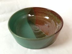 Vashon brown baking dish with a mat turquiose ans shadow green glaze