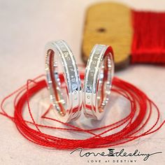 mignon-shop: Red thread ring for the love of Destiny fate! Vows of eternal LOVE of DESTINY logo with ring! Our Wedding, Wedding Rings, Wedding Cakes, Dream Wedding, Wedding Ideas, Red String Of Fate, Indian Wedding Jewelry, Eternal Love, Jewelry Rings