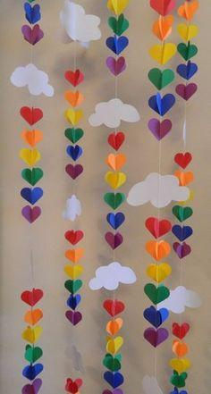 Baby SPRINKLE Decor / SPRINKLE Party / Clouds and Raindrop Rainbow Garland / Baby Shower Decorations / DIY Nursery Mobile - ¡Estas guirnaldas verticales son SUPER lindas para la decoración! Trolls Birthday Party, Troll Party, Rainbow Birthday Party, Rainbow Theme, Kids Rainbow, Rainbow Room, Rainbow Heart, Rainbow Parties, Birthday Parties