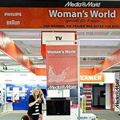 """Woman's World"" el mundo exclusivo para mujeres.  //  ""Woman's World"" el món exclusiu per a dones."