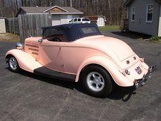 peach car