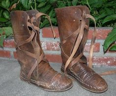 MEDIEVAL WARRIOR BROWN  LEATHER  BOOTS KNIGHT ARMOR SZ 9 RENAISSANCE