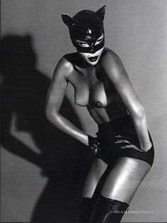 The Libertine Magazine.'The Nude In Vogue'.Naomi Campbell by Mert Alas & Marcus Piggott For Vogue Russia. Mario Testino, Naomi Campbell, David Sims, Steven Meisel, Vogue Russia, Top Models, Jean Paul Goude, Sexy Fotografie, Black And White