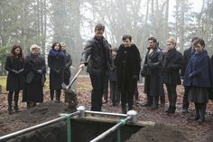 "Once Upon a Time Photo Stills and Behind the Scenes and 3x16, ""It's not easy being green"""