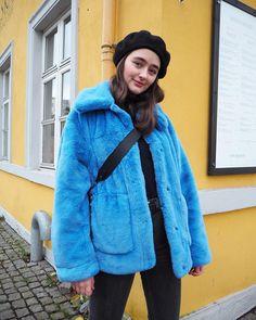 """164 Likes, 7 Comments - Sofia Amalie Bråthen (@sofiaamalieb) on Instagram: """"Elsker denne jakken 🙆🏽"""""""