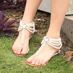 Handmade Bridal Shoes Comfortable Flats sandal by BlingStyle--- would be perfect for the bridesmaids, that way the height difference isn't so noticeable :)