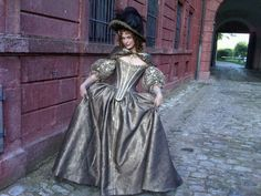 Milla Jovovich as Milady de Winter in The Three Musketeers Milla Jovovich, Period Costumes, Movie Costumes, Pretty Dresses, Historical Costume, Historical Clothing, Louis Xiv, The Three Musketeers 2011, Vintage