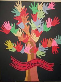 This handprint Thanksgiving tree bulletin board is nice idea for Thanksgiving. I would give my students red, orange, and yellow construction paper if I was doing this activity for fall and Thanksgiving. Thanksgiving Tree, Thanksgiving Preschool, Thanksgiving Classroom Door, Fall Crafts, Crafts For Kids, Arts And Crafts, Classroom Crafts, Preschool Activities, Classroom Tree