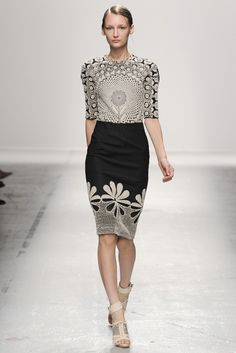 Rahul Mishra RTW Spring 2015 - Wear your #ToplessTee #Womensundershirt with this one. Just a work of art!