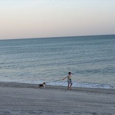 "@aorjuelaf's photo: ""Tomas & Jack! Sunset time @tommymaty #buenaventuraresort"""