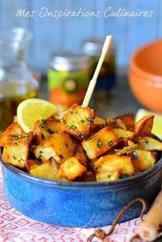 Batata Harra : Pommes de terre épicées libanaise Easy Diner, Healthy Cooking, Cooking Recipes, Veggie Recipes, Healthy Recipes, Good Food, Yummy Food, Ramadan Recipes, Lebanese Recipes