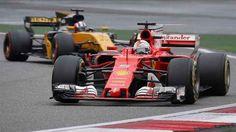 Analisi controcorrente: Sochi positiva, Vettel può dorridere, ecco perché. Vettel, a Sochi, non è riuscito a portare a casa la vittoria, ma nonostante ciò il risultato della trasferta in Russia potrebbe essere decisivo per la corsa al titolo. #f1 #ferrari #vettel