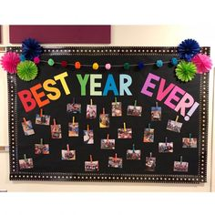 Best year ever! End of the school year bulletin board! Best year ever! End of the school year bulletin board! Kindergarten Bulletin Boards, Summer Bulletin Boards, Classroom Board, Classroom Bulletin Boards, School Classroom, Classroom Themes, Bulletin Board Ideas For Teachers, Friends Bulletin Board, Holiday Classrooms