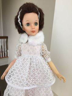 "EEGEE 1963 15"" Fashion Doll Vintage Dress Brown Hair Green Eyes Winter Bride"