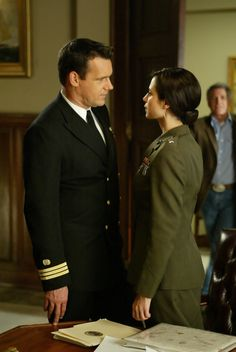 This is literally Harm and Mac's relationship. Best Tv Shows, Movies And Tv Shows, Favorite Tv Shows, Tv Couples, Romantic Couples, Jag Image, David James Elliott, Catherine Bell, American Series