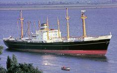 Vervlogen tijden: NL zeeschip uit het verleden Holland America Line, Drilling Rig, Naval, Concept Ships, Oil Rig, Water Crafts, Rotterdam, Sailing Ships, Nautical
