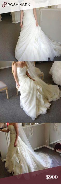 Enzoni wedding dress never altered size 2 Enzoni wedding dress size 2 ivory non-altered Enzoni Dresses Wedding