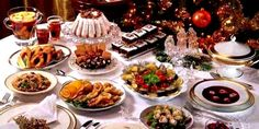 In Poland, Christmas Eve is marked by a Christmas feast representing the 12 apostles or the 12 months of the year. Polish Christmas, Christmas Dishes, Traditional Christmas Eve Dinner, Polish Recipes, Other Recipes, Good Food, Baby Jesus, Carp, Tea Time
